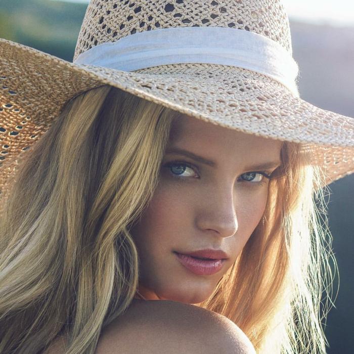 proteger-cheveux-blonds-le-lab-hairstylist-montpellier